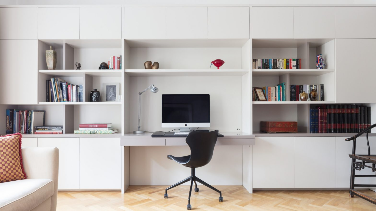 How Do You Buy Inexpensive Room Chairs Smartly?